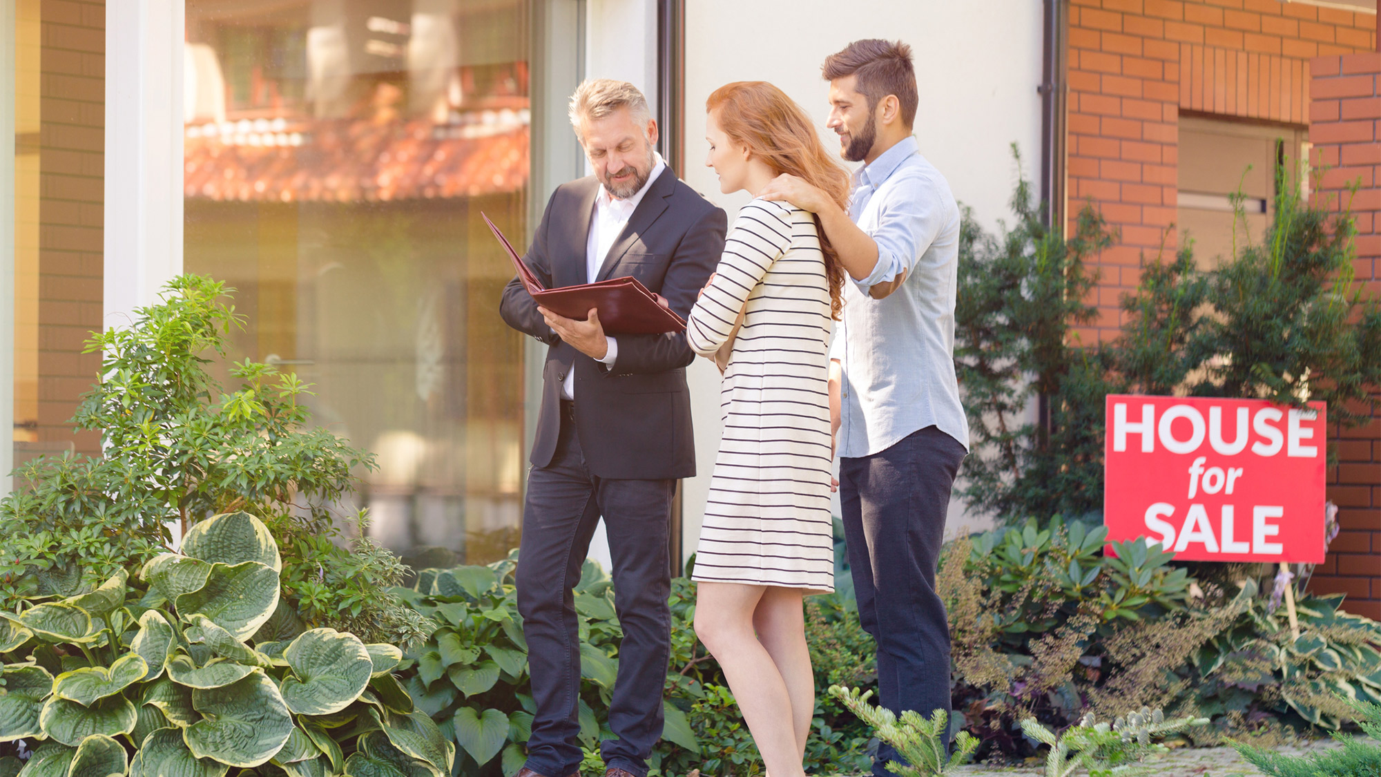 10 Questions To Ask A Real Estate Agent Before The Pro