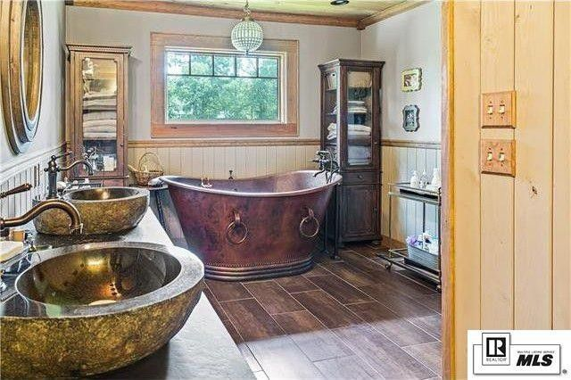 Duck Dynasty' Star Jep Robertson Selling Lakeside Louisiana Home for on top gear mobile homes, sherlock mobile homes, duck commander mobile homes, dynasty modular homes,
