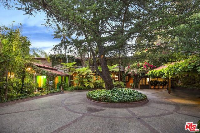 A Paul Williams home in Brentwood Heights